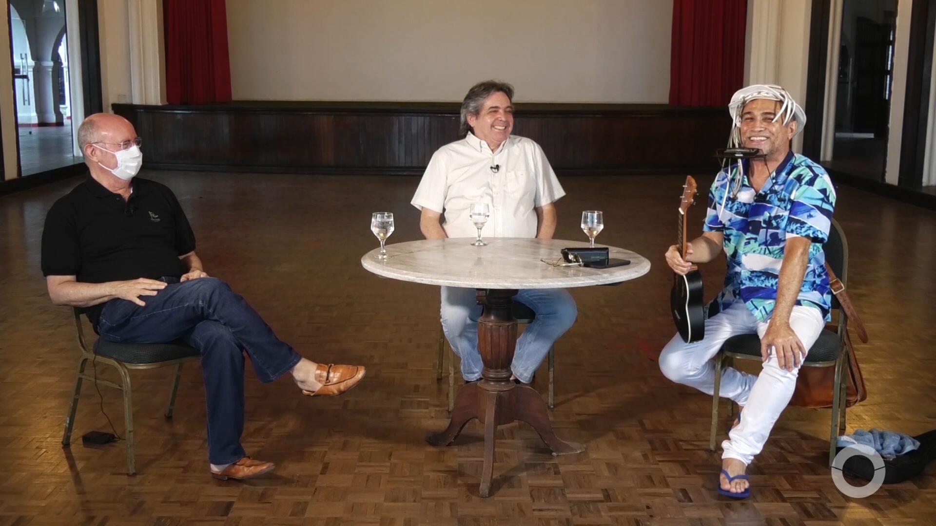 Mosaico entrevista Neopineo, cantor e compositor e Amarilio Cavalcante, pres. do Ideal Club