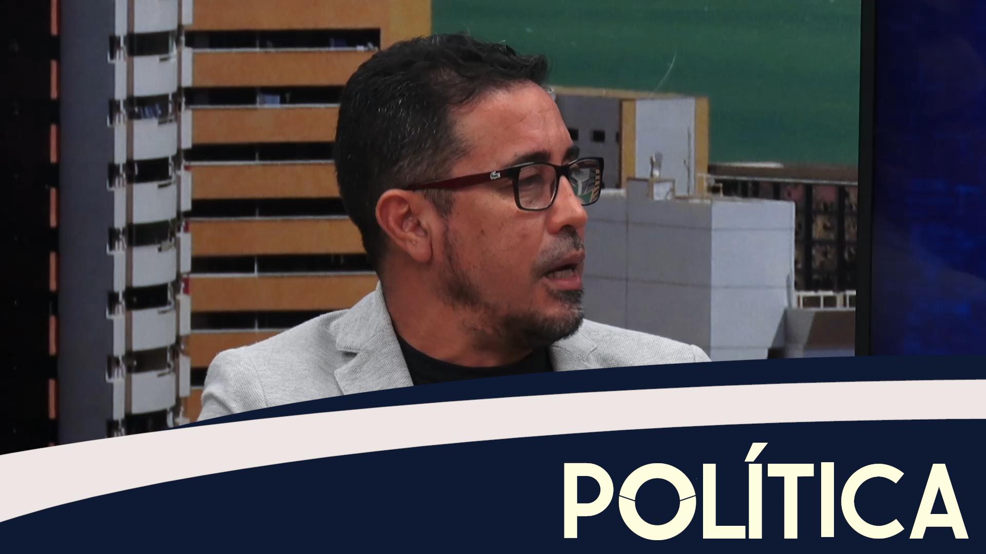 Política entrevista Anízio Melo, Professor e Pres. da APEOC