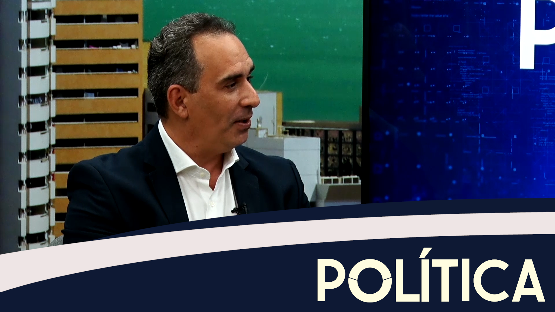 Política entrevista o Prefeito de Quixadá, Ricardo Silveira