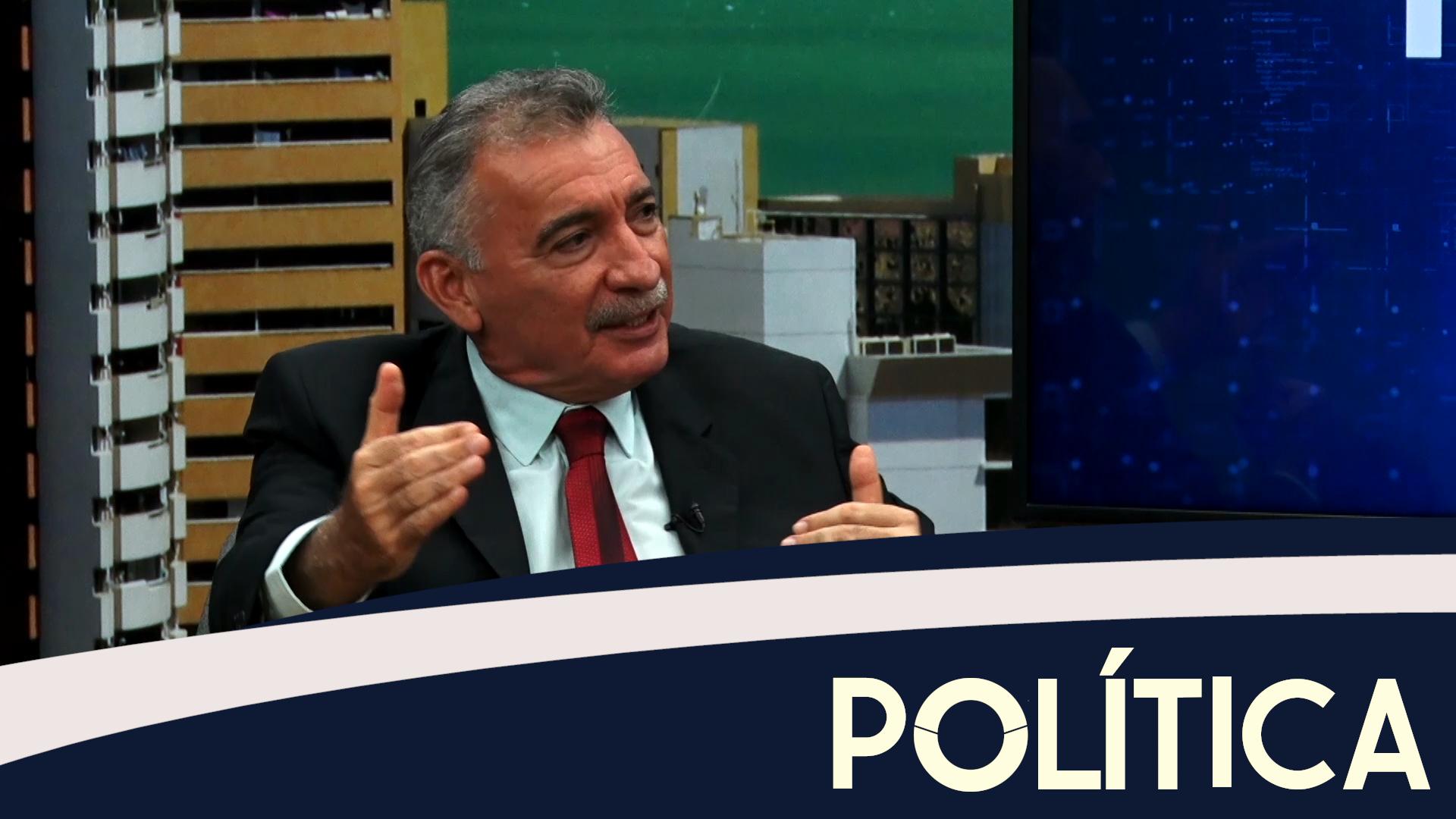 Política entrevista o Secretário Estadual do Meio Ambiente Arthur Bruno