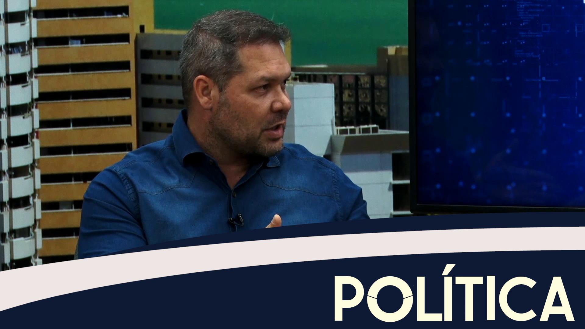 Política entrevista Deputado Federal Heitor Freire