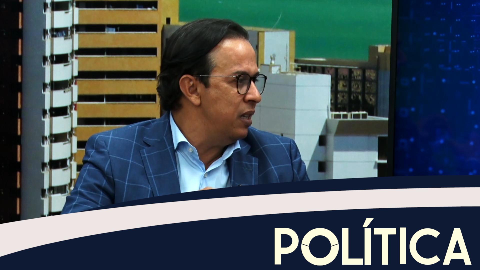 Política entrevista estrategista político Paulo Moura